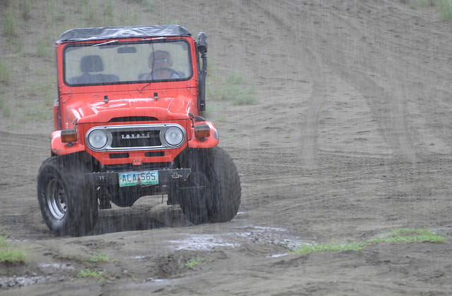 Offroading in the rain (2)