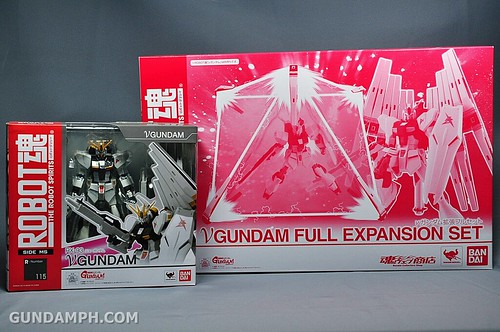 Robot Damashii Nu Gundam & Full Extension Set Review (2)