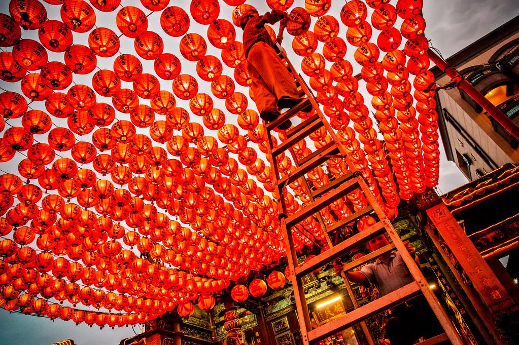 Tianhou Temple Lantern maintenance