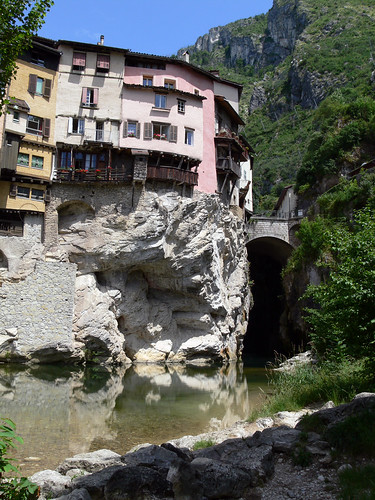 Hanging houses of Pont en Royans