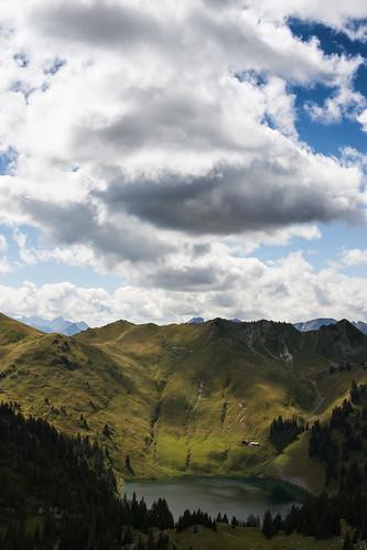 big sky, little mountains