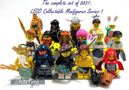 Let's start our New Year by completing a set of 16 unique minifigures in Series 7!