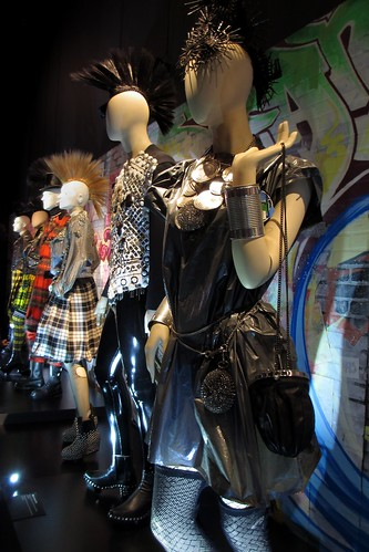 Garbage Bag dress, High-Tech collection, women's prêt-à-porter FW 1980-1981.