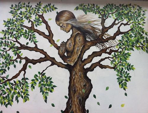 Tree Woman :: Brooklyn Graffiti