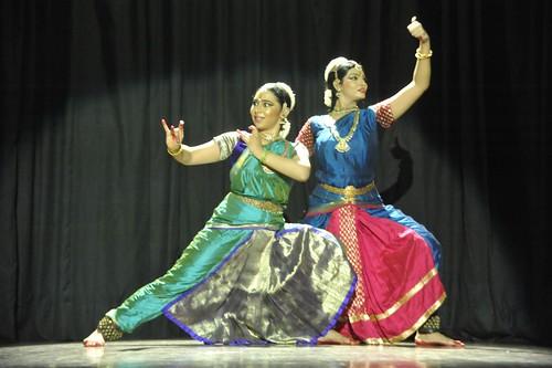 Bharatanatyam Duet : 'Raghava Yadava' - Aparna Chitharanjan and Preethi Nedumaran