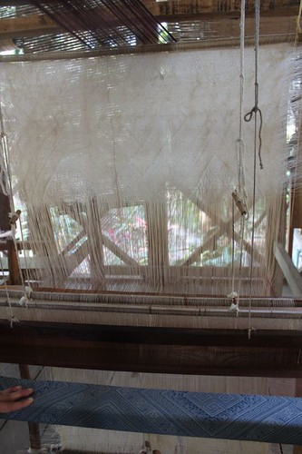 20120129_3026_weaving