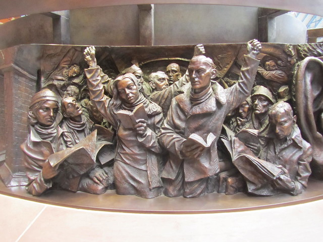 """The Meeting Place"" by Paul Day, at St Pancras Station, London"