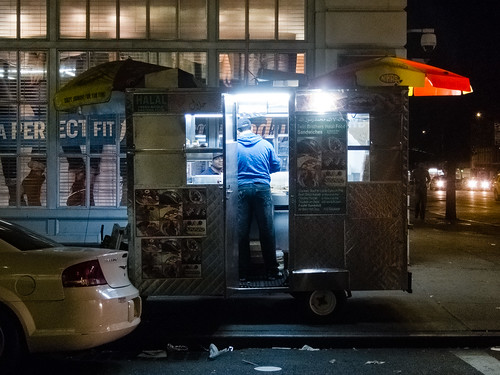Food cart, Chelsea by Dan Nguyen @ New York City