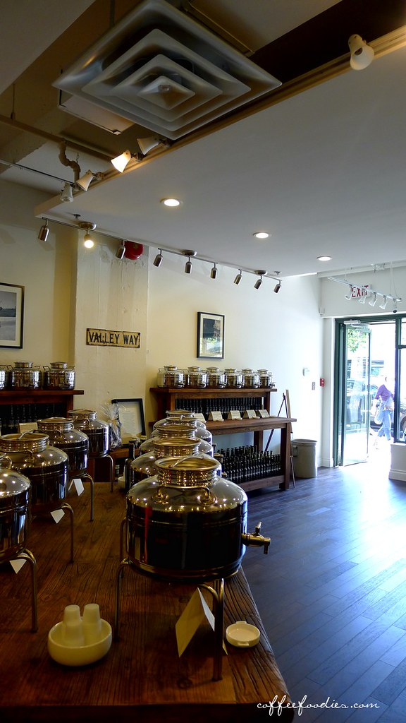 Vancouver OLIVE OIL company - tasting room  00001