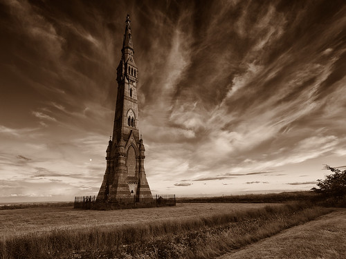Tatton Monument-Sledmere