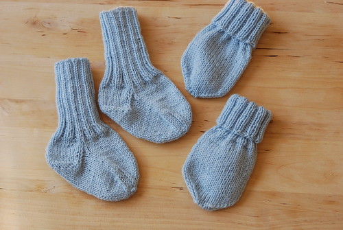 Socks and mittens for VM-genseren 2013