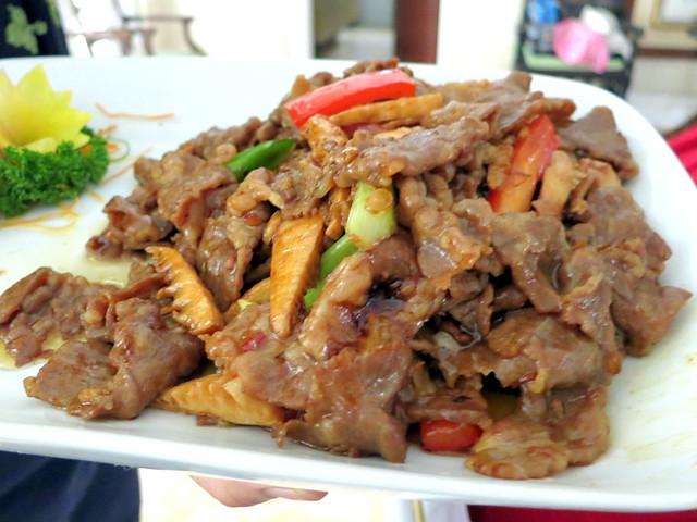 sukiyaki beef with x.o. sauce