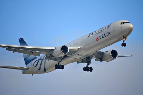 Delta Air Lines   Boeing 767-400ER @ SBGR