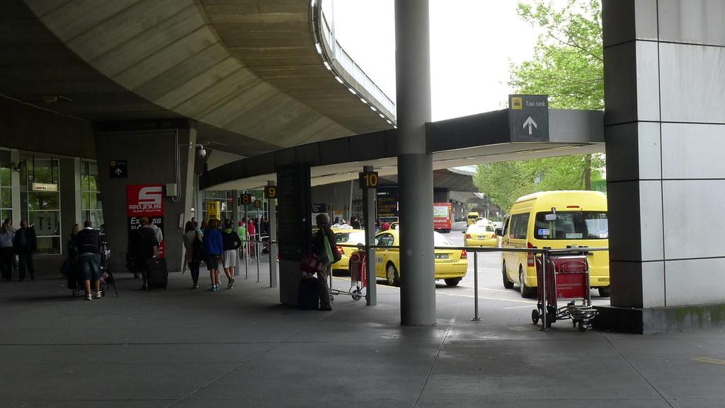 硬渡神遊: 澳洲 - D01 - Melbourne 搭12小時灰狗巴士至 Sydney