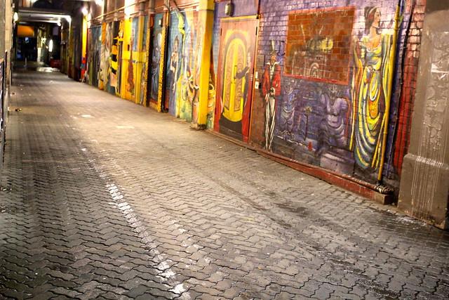 Thursday: rain & graffiti