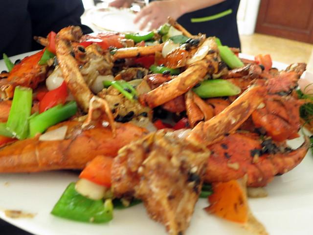 fried crab with tausi & garlic