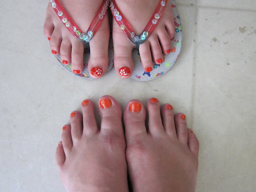 Orange Pedicures