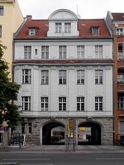 Urbanstraße 122-123, Front