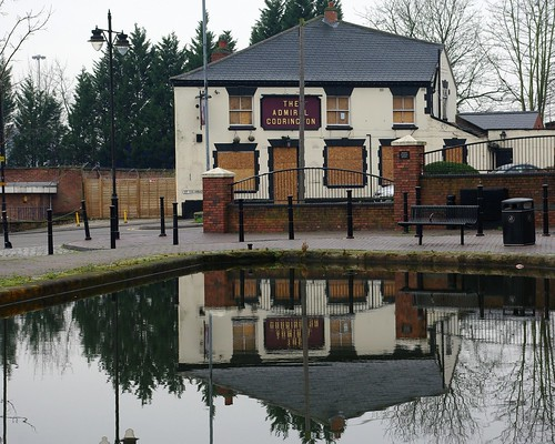 20120129-29_Coventry_Boarded up + Sad_Admiral Lord Codrington Pub_Canal Basin by gary.hadden