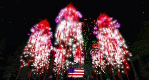 More fireworks from Marianne McCann, photo by Crap Mariner