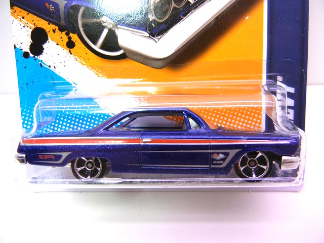 hot wheels '62 chevy blue (3)