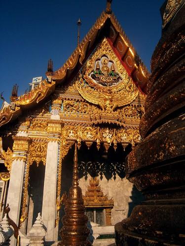Wat_Hua_Lamphong_E_14