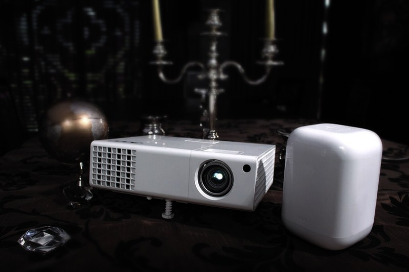 H6510BD Projector + Aspire Revo One