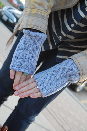 FO: tinkerbell mitts