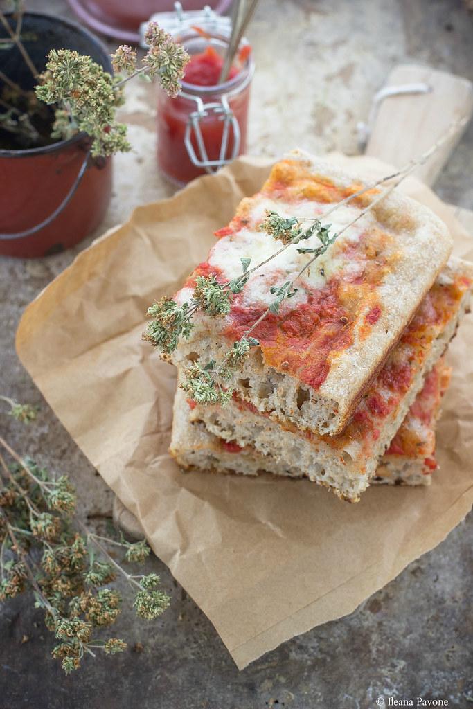 Pizza semi integrale a lievitazione naturale2