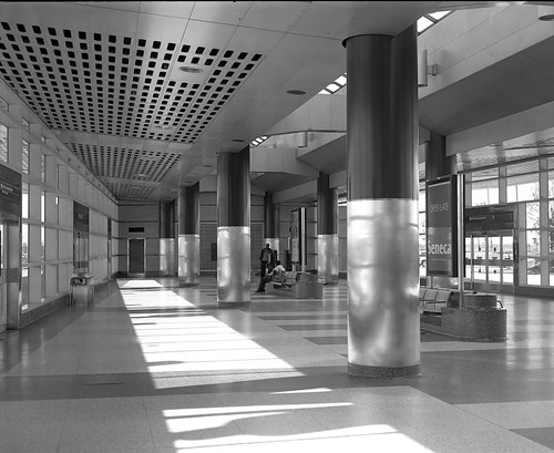 Downsview Station, Bus Level