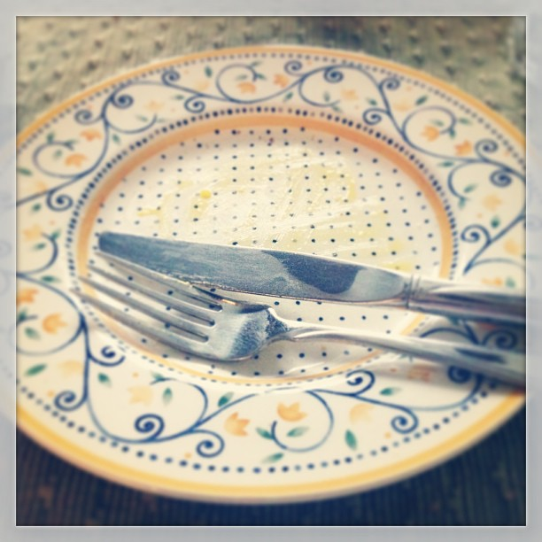 June 26 - empty {breakfast was yummy} #fmsphotoaday #breakfast #mostimportantmealoftheday #yummy #goodstart #empty