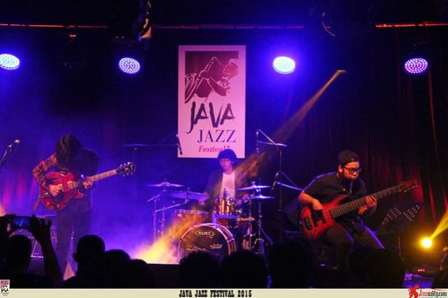 Java Jazz Festival 2015 Day 2 - Gerald Situmorang Trio