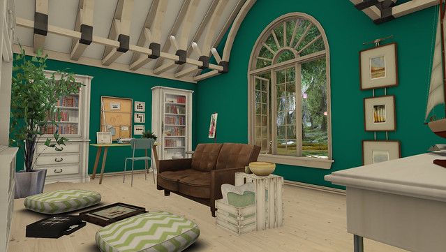 Home-Family Room