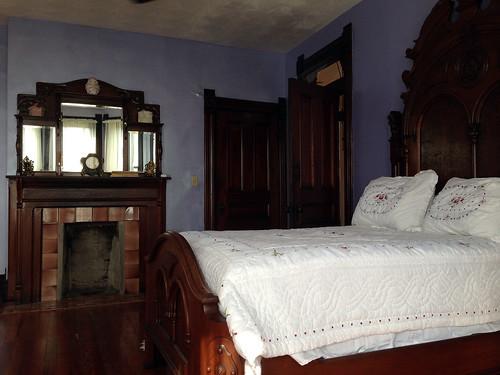 Savage House bedroom