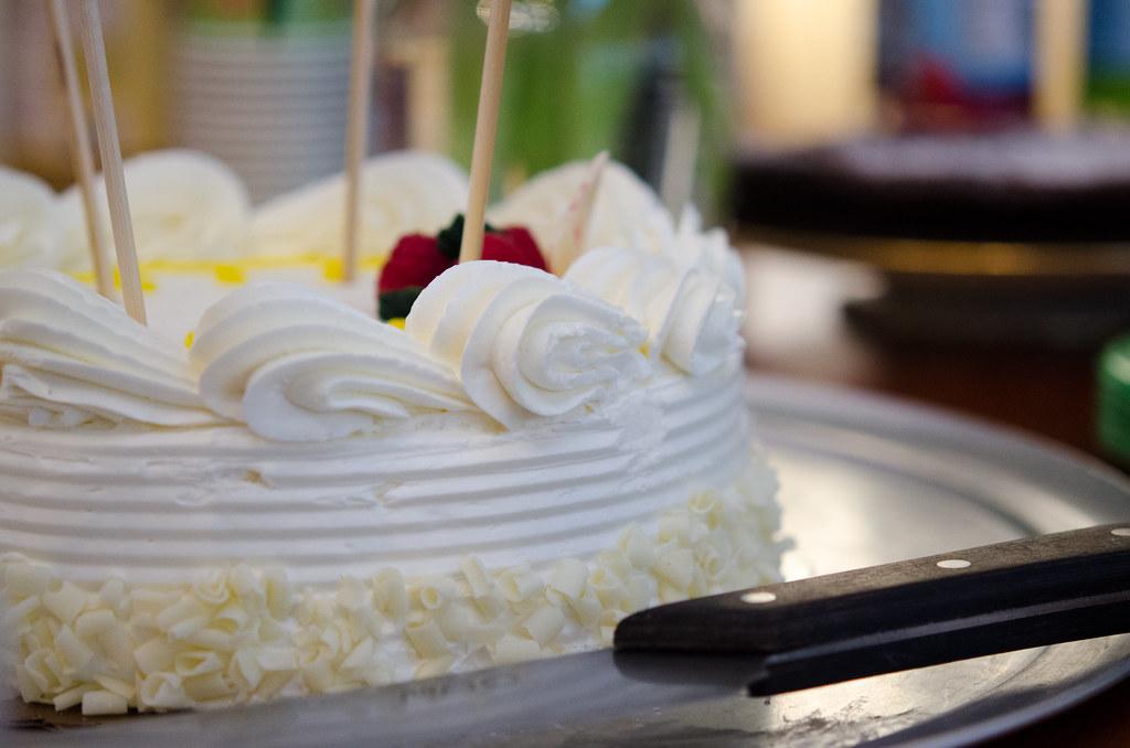 cake, waiting