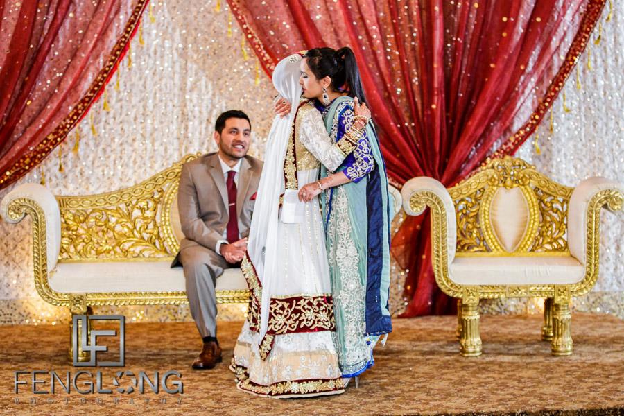 Sister of bride giving speech during Muslim Indian wedding