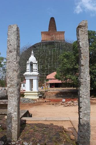 20130114_7049-Abhayagiri-vihara_Vga