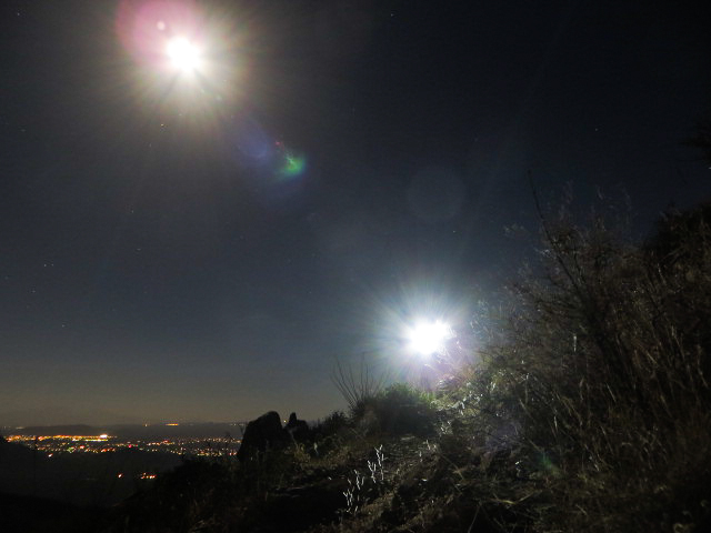 1305 Moon and Headlamp on the King Canyon Trail