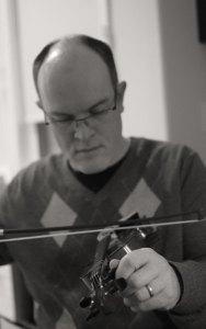 Tuning Daniel's violin - sans goatie!