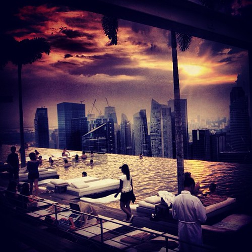 #sunset at Marina Bay Sands #mbs #singapore by @MySoDotCom