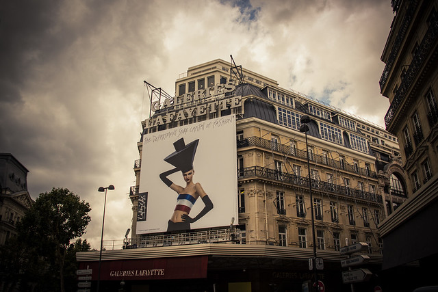 Urban Mythologies : Temple of Fashion (Galeries Lafayette, Paris) - Photo : Gilderic