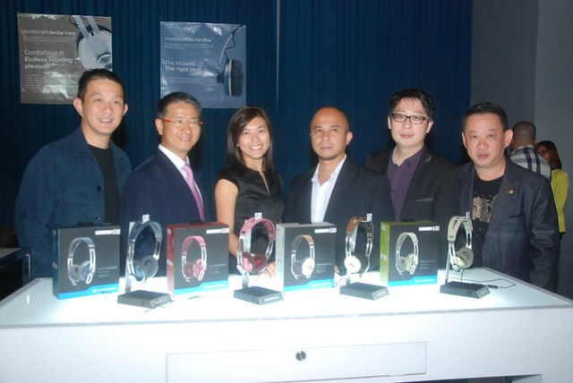 Sennheiser Asia Team Martin Low, Chee Soon Ng, Carolyn Chia, Daniel Lagdameo, Donald Low and Chris Low