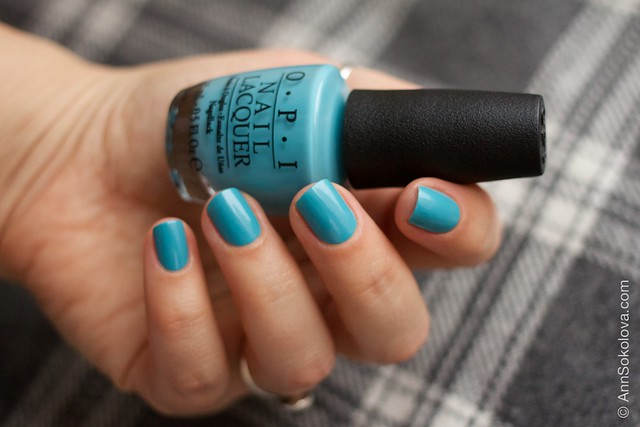04 OPI   Can't Find My Czechbook