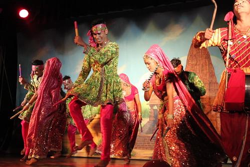 IMG_9164-traditional-dancers