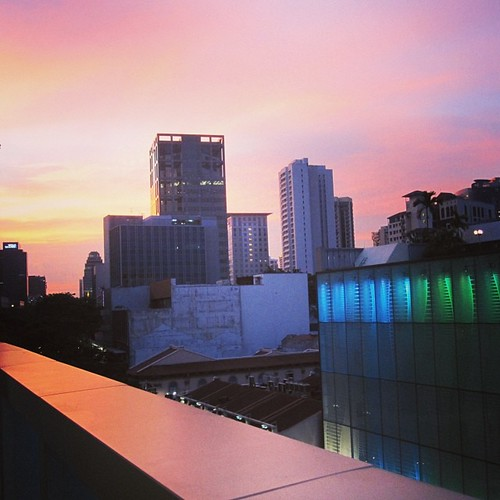 A #singapore #sunset looking down Orchard Road by @MySoDotCom