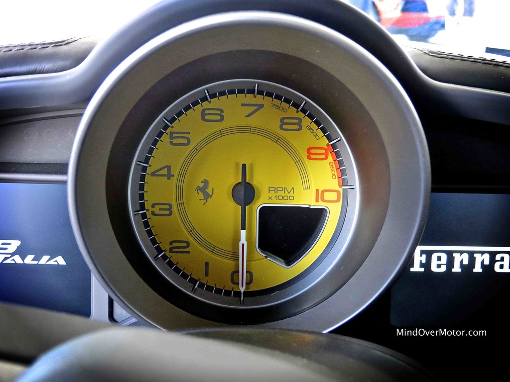 Ferrari 458 Italia Rev Counter