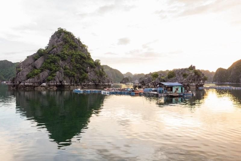 2013-06-03 Halong Bay - DSC04306-FullWM