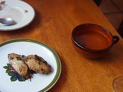 Steamed chicken wings, roasted seaweed