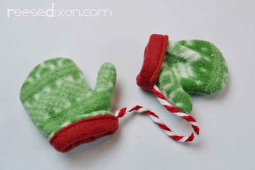 Pair of Mittens Ornament Tutorial Step 5