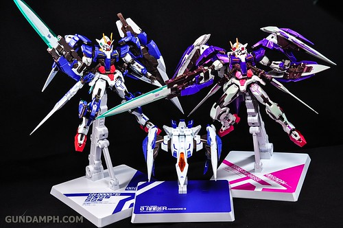 Metal Build 00 Gundam 7 Sword and MB 0 Raiser Review Unboxing (126)